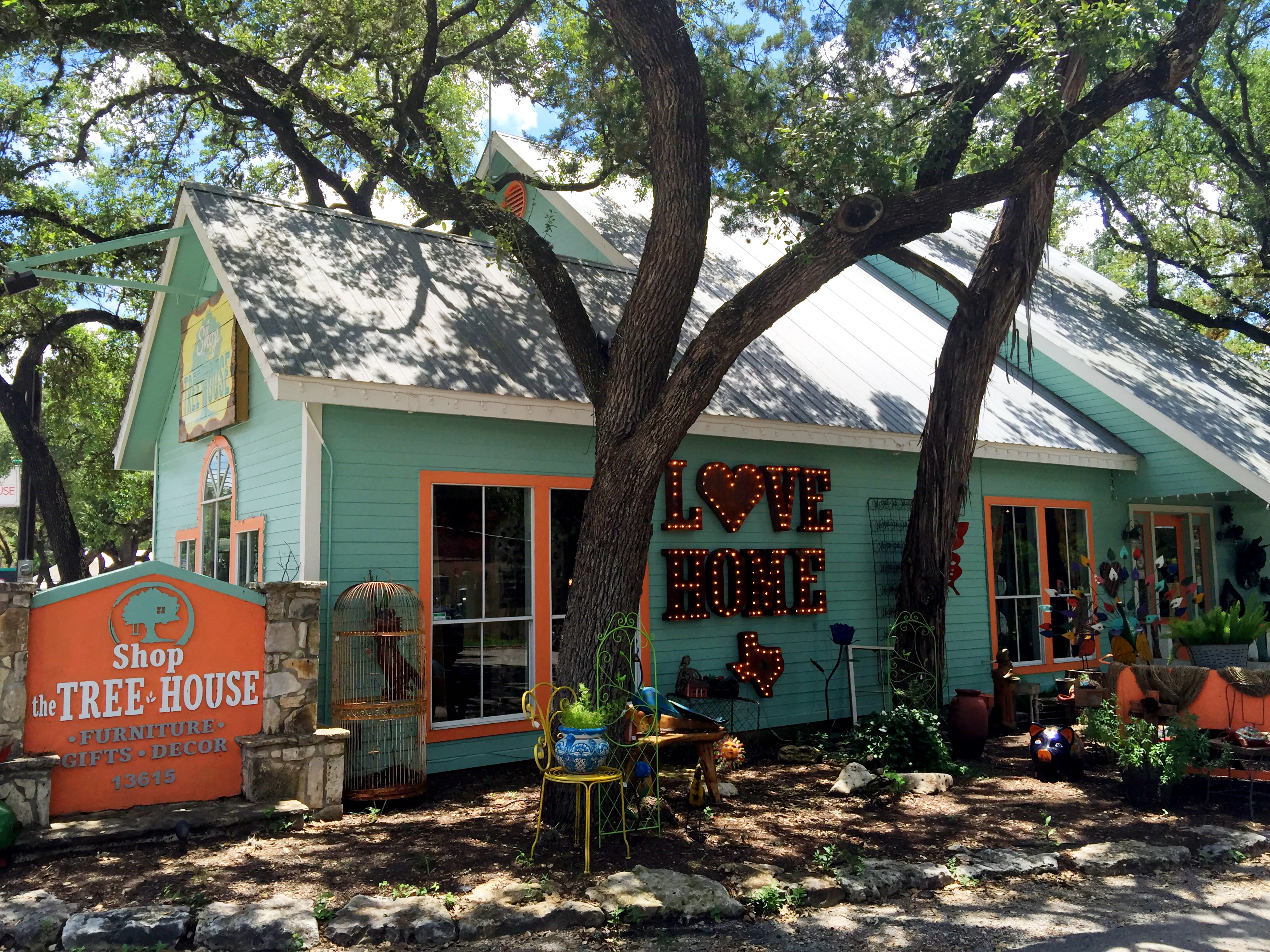 Shop The Tree House In Wimberley Where To Shop Eat
