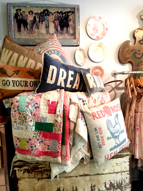 best_shops_wimberley_farmloft