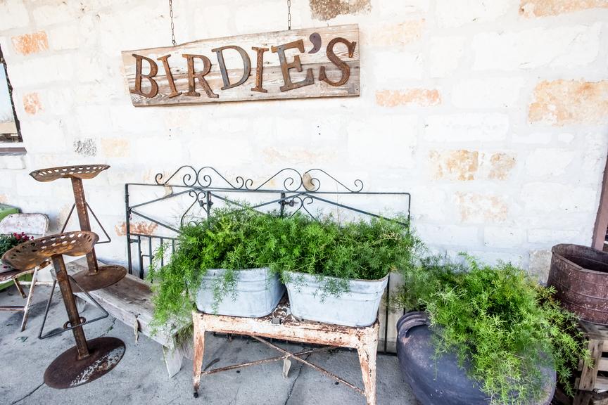 Marble Falls Shops Birdies House of Design